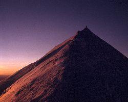 cliquez ici pour voir l'image (Arete-Sommet-MontBlanc-1280x1024.jpg)