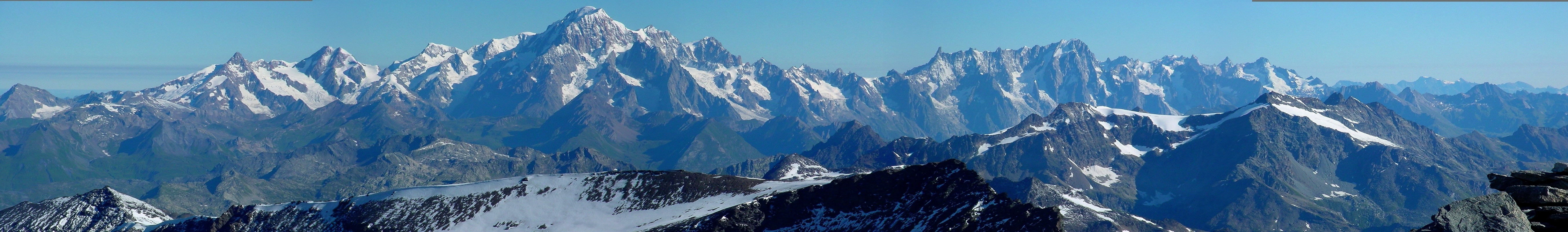 http://www.lesia.obspm.fr/perso/jean-marie-malherbe/panoramas1/pano-MB-2006/Chaine-Mont-Blanc.JPG