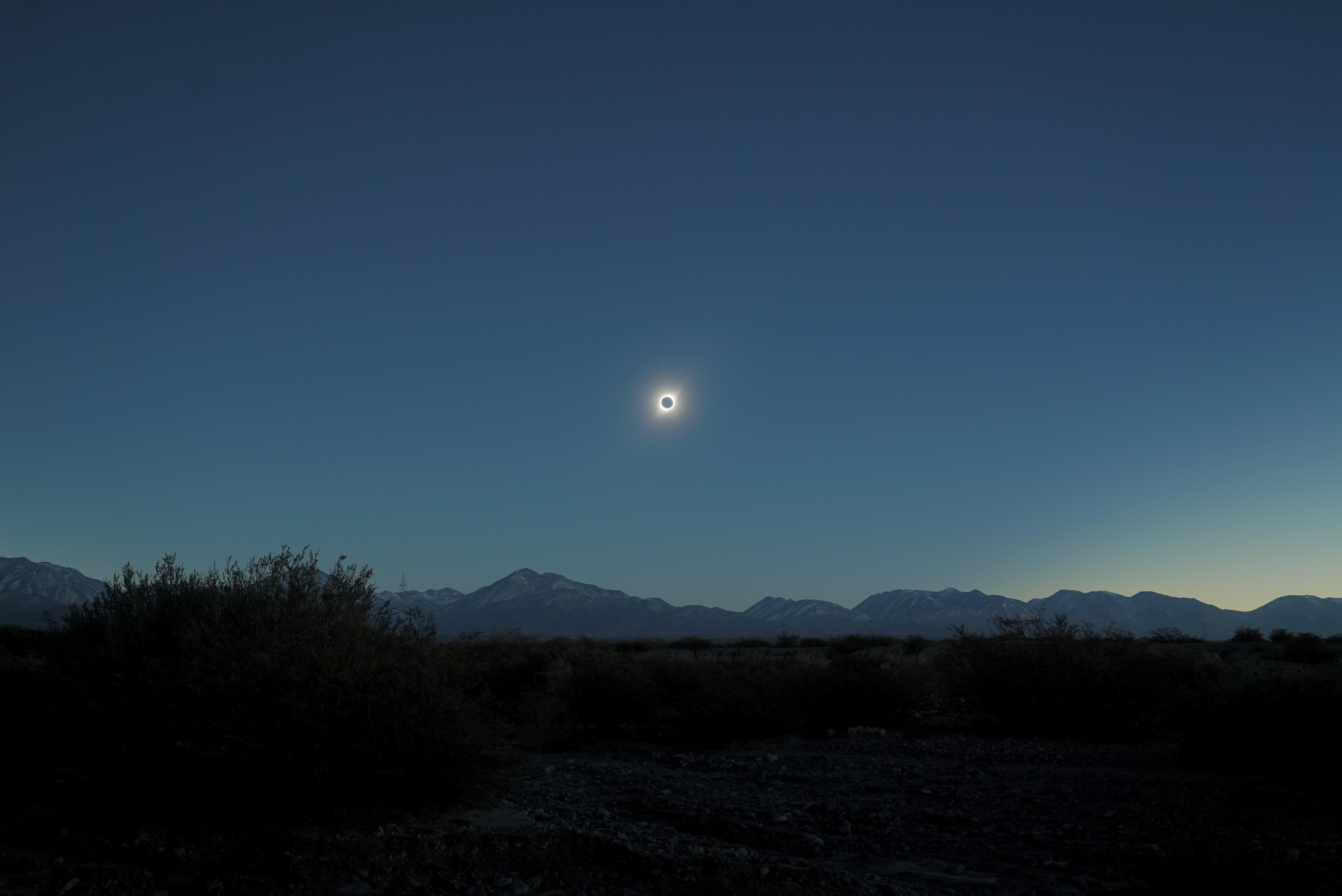 eclipse-020719-20h40m00-24mmf5-sum3.jpg