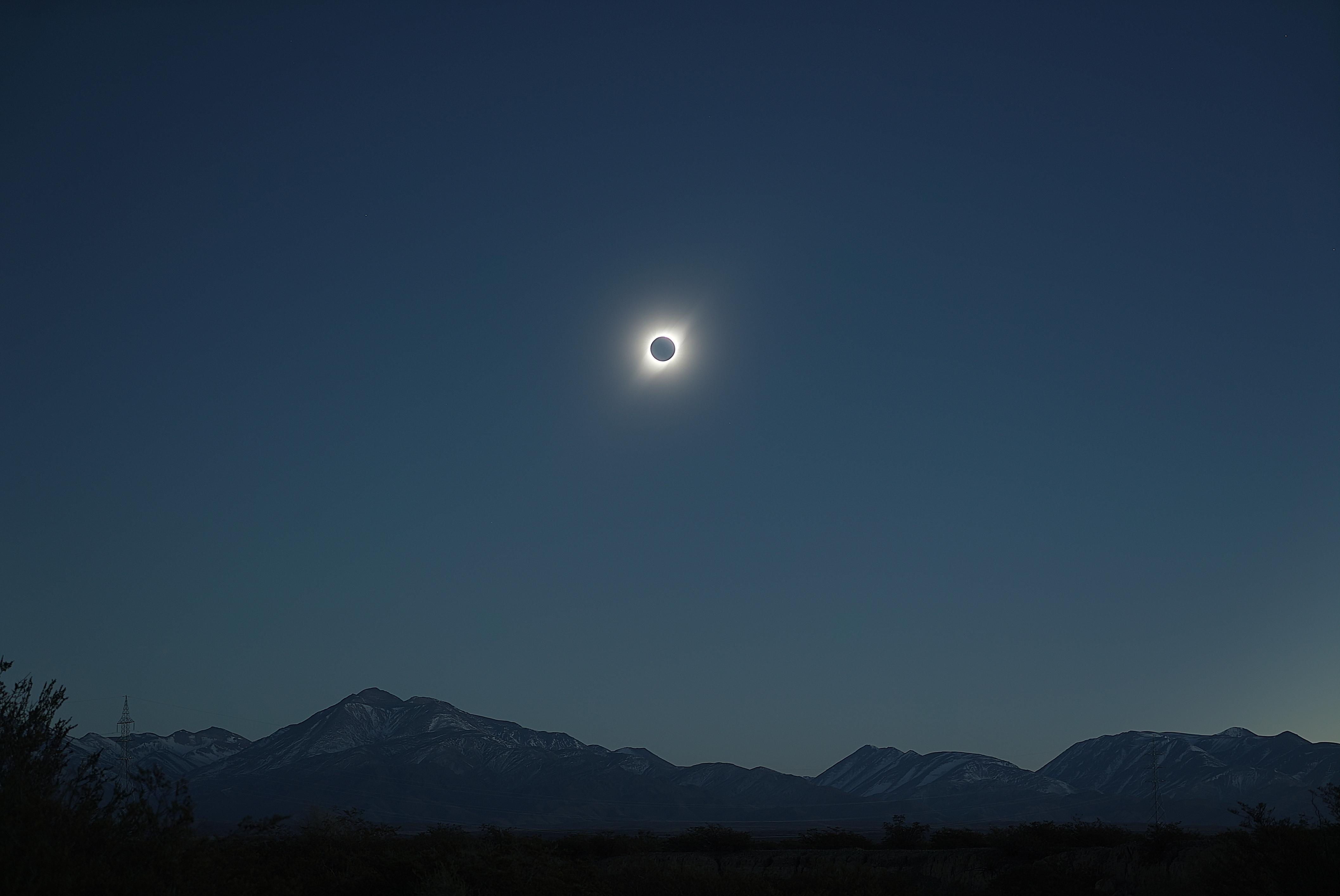 eclipse020719-20h39m56s-70mmf5sum10mfcur